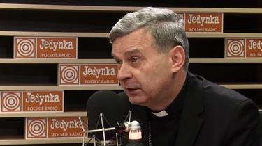 Bp Bronakowski: Musimy powiedzieć ,,non possumus'' rozpijaniu narodu!  - miniaturka
