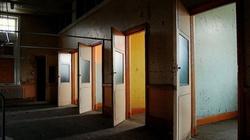 ,,Walczący z pandemią'' tłumnie zapełniają korytarze przychodni psychiatrycznych - miniaturka