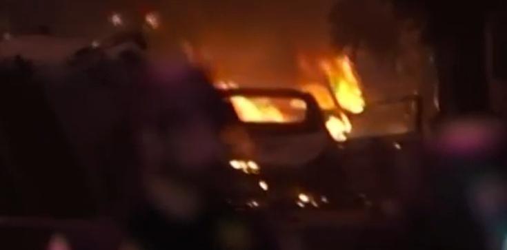 Lider Antify przyszedł na protest z… miotaczem ognia - zdjęcie