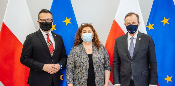 Marszałek Grodzki spotkał się z amerykańskimi dyplomatami. Chce grać nowelizacją Kpa? - zdjęcie