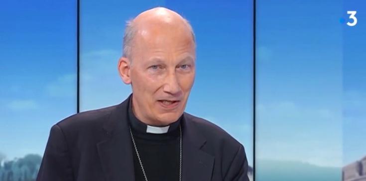 Francuski biskup o segregacji sanitarnej: Zabrakło braterstwa i zaufania - zdjęcie