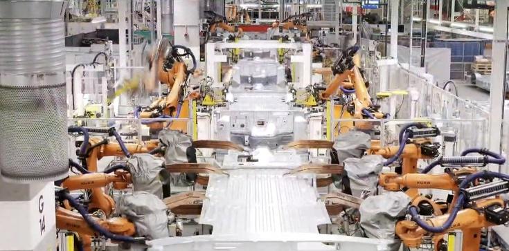 Volkswagen Caddy California. Kamper w całości produkowany w Polsce - zdjęcie