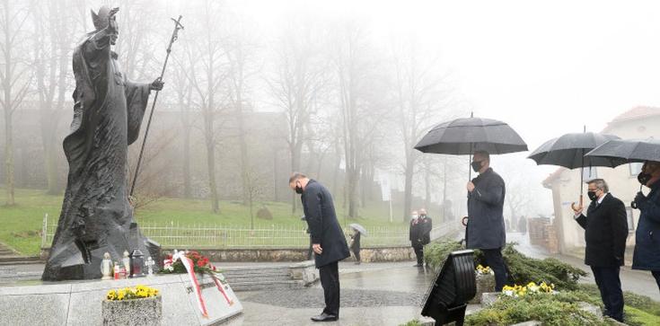 ,,Niech żyje Polska! Niech żyje Śląsk!''. Prezydent oddał cześć Powstańcom Śląskim  - zdjęcie