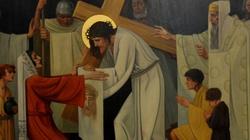 Episkopat zachęca: Weź udział w Drodze Krzyżowej online. Oto lista [SPRAWDŹ] - miniaturka