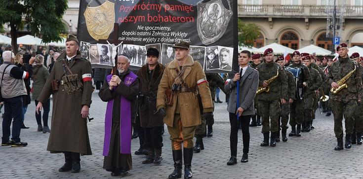 VI Krakowskie Zaduszki za Wyklętych. ZOBACZ ZDJĘCIA - zdjęcie