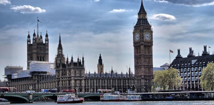 UK ostatecznie pożegnała się z UE. Johnson: Mamy wolność! - zdjęcie