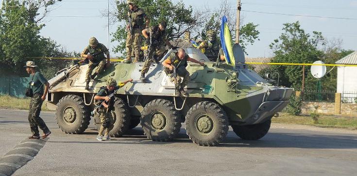 Msza św. tuż przy linii frontu. Polski ośrodek w Donbasie  - zdjęcie