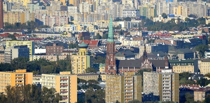 Mariusz G. z zarzutami. Warszawski urzędnik oszukał dzielnicę na 700 tys. zł? - zdjęcie