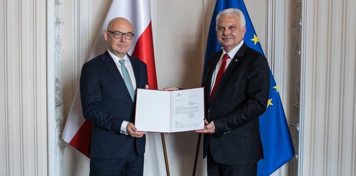 Filip Nowak został powołany na p. o. prezesa NFZ  - zdjęcie