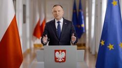 Prezydent nie ma sobie równych! To Andrzejowi Dudzie Polacy ufają najbardziej  - miniaturka