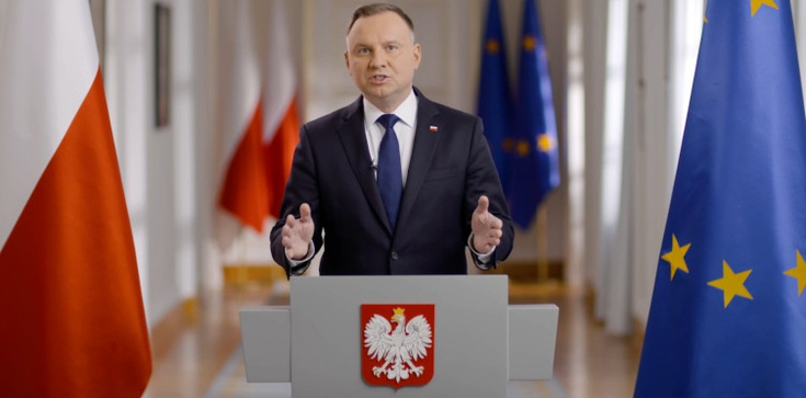 Prezydent nie ma sobie równych! To Andrzejowi Dudzie Polacy ufają najbardziej  - zdjęcie