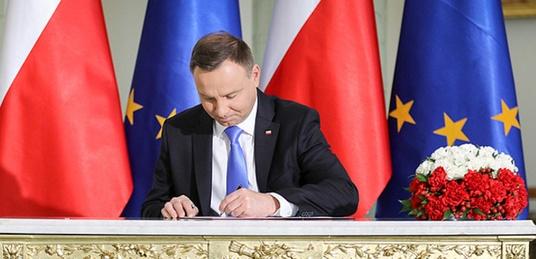 Co z konwencją stambulską? Ważna ustawa z podpisem prezydenta! - miniaturka