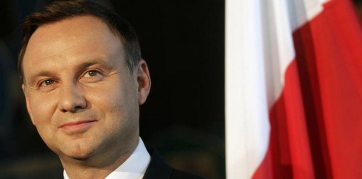 """Prezydent Duda do polskich żołnierzy-studentów: """"Wierzę, że ojczyzna będzie z Was dumna!"""" - zdjęcie"""