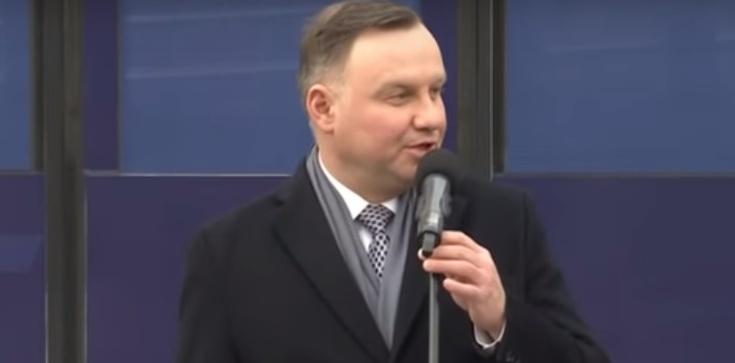 Prezydent ucina plotki: Stan wojenny nie jest brany pod uwagę - zdjęcie