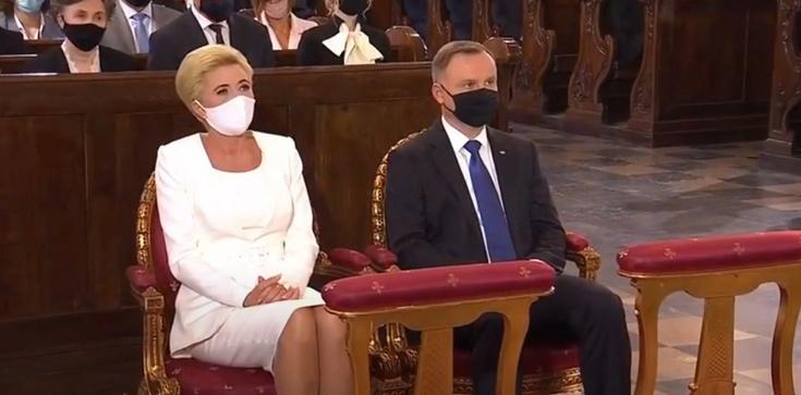 Msza za Ojczyznę i prezydenta. Rozpoczęto odśpiewaniem Bogurodzicy i hymnu Polski - zdjęcie