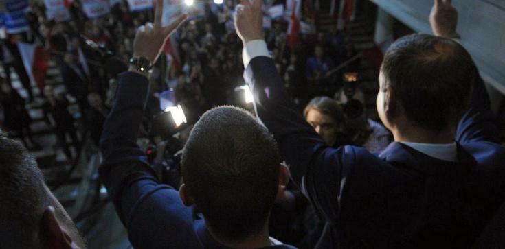 Jałowiczor: Sztab Komorowskiego może się nie podnieść - zdjęcie