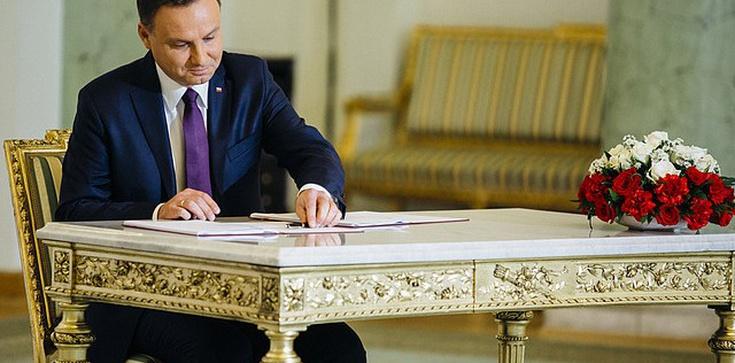 """Prezydent RP Andrzej Duda: Chcemy zniesienia """"Ustawy o bratniej pomocy""""  - zdjęcie"""