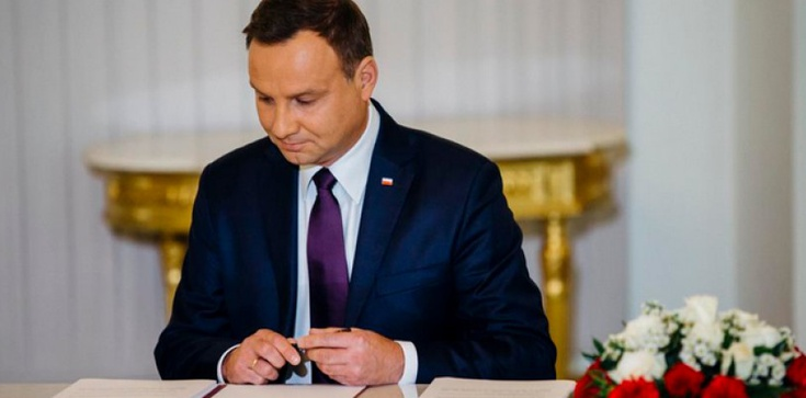 Prezydent Duda podpisał ustawę o inwigilacji - zdjęcie