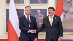 Prezydent Duda otrzymał najwyższe odznaczenie Węgier i obietnicę pełnego wsparcia od premiera Orbana - miniaturka