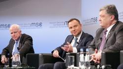 McCain do Dudy: Polska może być poddana presji ze strony Rosji - miniaturka