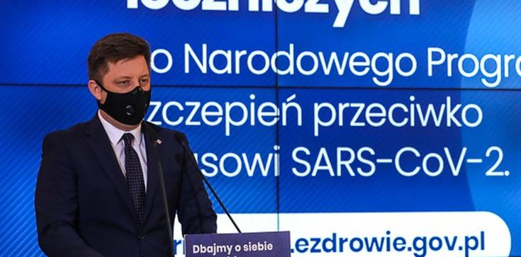 Dworczyk: W Polsce nie brakuje respiratorów. To fake news - zdjęcie