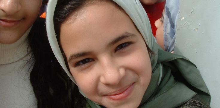 Austria zakaże hidżabów w szkołach i przedszkolach - zdjęcie