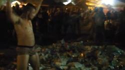'Golem śmieciowy'. Tak się bawi nowoczesna młodzież na festiwalu Owsiaka! - miniaturka