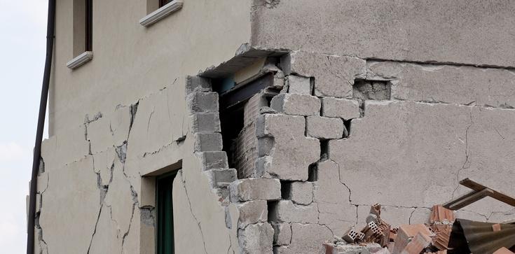 Znaki czasu. Silne trzęsienie ziemi na Sycylii - zdjęcie