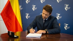 Trzaskowski: Ponad 33 mln zł na in vitro - miniaturka