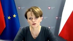 Wicepremier Emilewicz mówi kogo obejmą zwolnienia w administracji - miniaturka