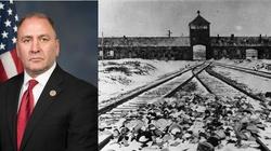 Kongresmen nagrał film w... komorze gazowej w Auschwitz - miniaturka