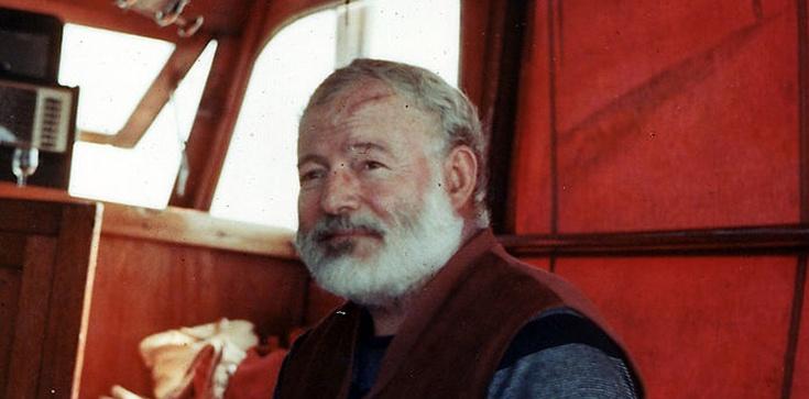 Ernest Hemingway był rosyjską wtyką - zdjęcie