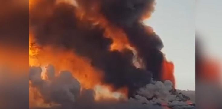 Teraz! Niesamowity wybuch Etny na Sycylii [Wideo] - zdjęcie