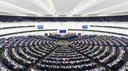Mimo pandemii PE promuje aborcję i krytykuje Polskę - miniaturka