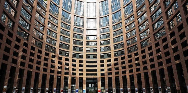 Michel nadal chce wiązać fundusze UE z praworządnością. Proponuje też cięcia - zdjęcie