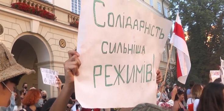Akcja solidarności z Białorusią w Kijowie. Jest kilkunastu zatrzymanych  - zdjęcie