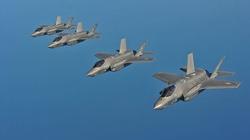 Pentagon opóźnia produkcję myśliwców - miniaturka