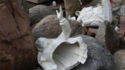 ''Tooczywiste dzieło diabła'' – proboszcz o zniszczeniu figur dzieci fatimskich - miniaturka