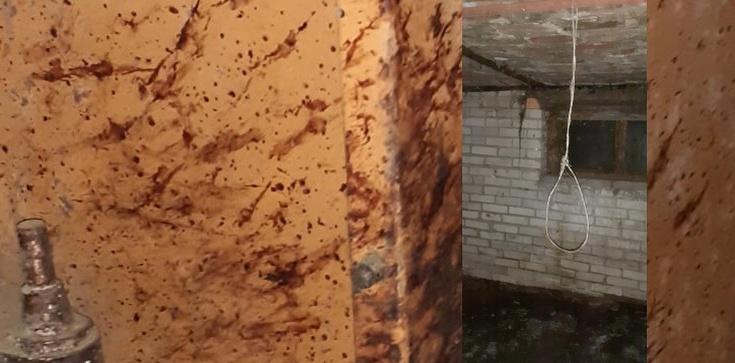 Makabryczne odkrycie pod Warszawą. Szubienice i krew na ścianach  - zdjęcie