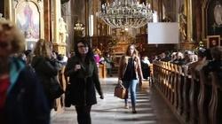Feminazistki w gotowości! Kościoły kolejnym celem - miniaturka