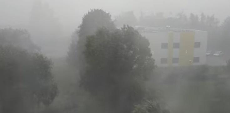 Potężna ulewa nad Kłodzkiem. Miasto jest zalane - zdjęcie