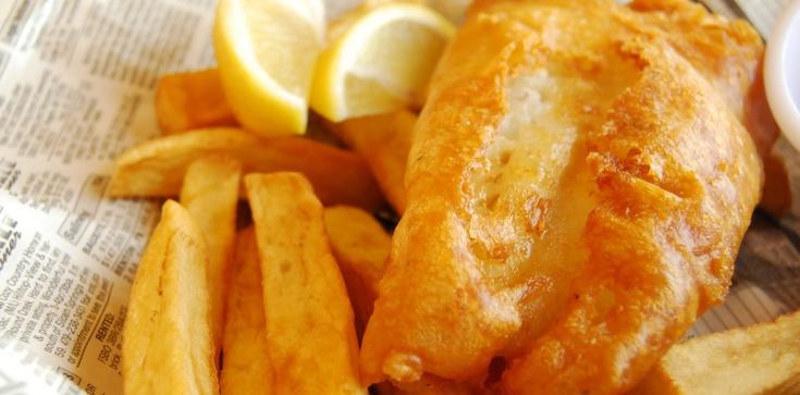 Fish and chips. Piątkowe danie Polaków w Anglii - zdjęcie