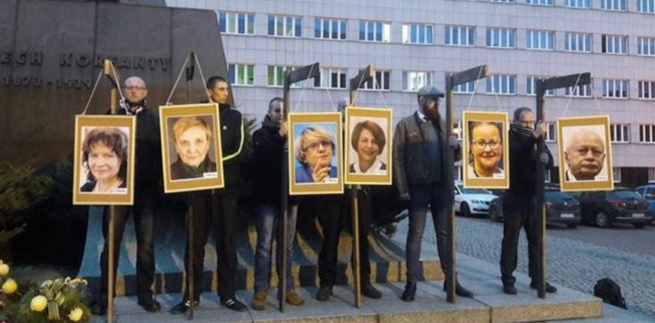 Portrety europosłów na szubienicach. Śledztwo umorzone - zdjęcie