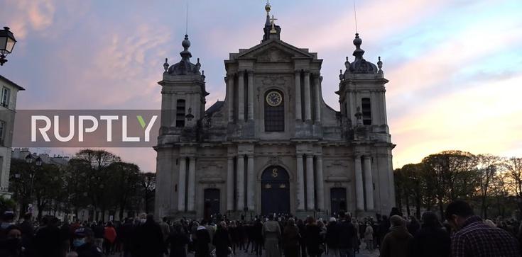 Francja. Walka o Mszę świętą na wolnym powietrzu. Sąd uchylił zakaz - zdjęcie