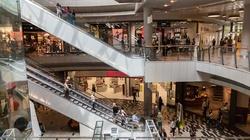 Polacy oblegają galerie handlowe  - miniaturka