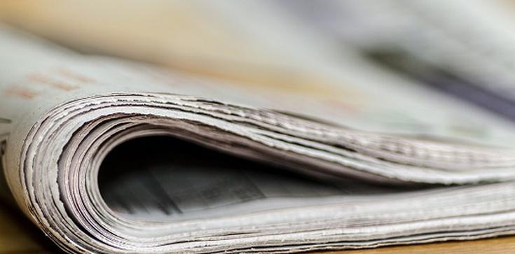 Teluk: Internet zdominuje prasę - zdjęcie