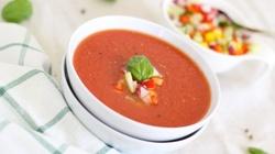 Gazpacho - wyśmienity hiszpański chłodnik z pomidorów - miniaturka