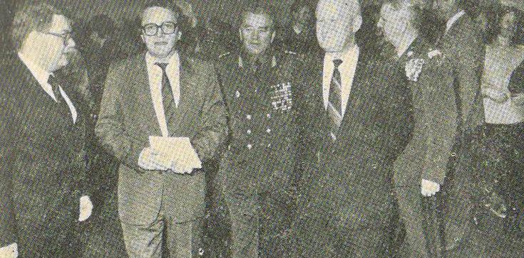 Komunistyczni generałowie za Komorowskim - zdjęcie
