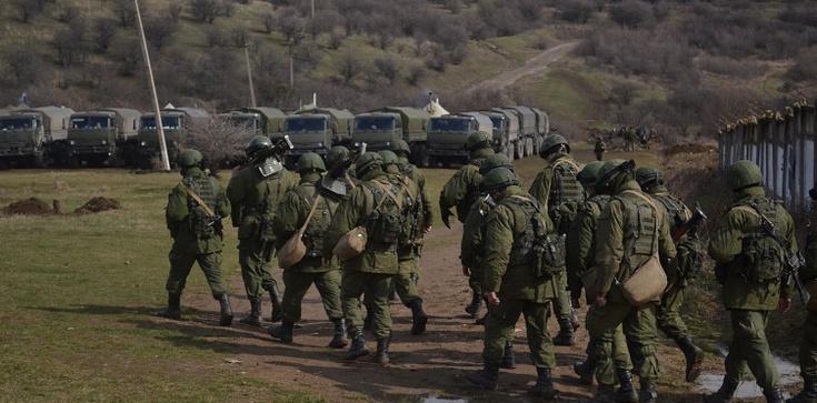 W Donbasie trwa rekrutacja ,,zielonych ludzików''. Mówią, że jadą na Białoruś - zdjęcie