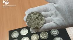 Na granicy polsko-ukraińskiej celnicy udaremnili przemyt monet z XVIII i XIV w.  - miniaturka